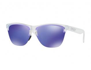 Спортни очила Oakley - Oakley OO9374 937403